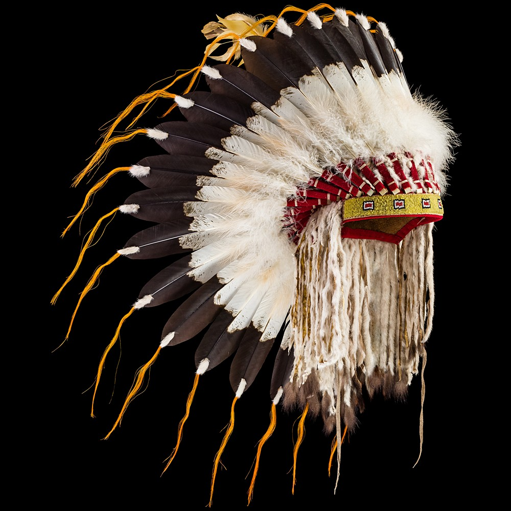 [*longtitle:ifempty=`Northern Plains style Feather War Bonnet