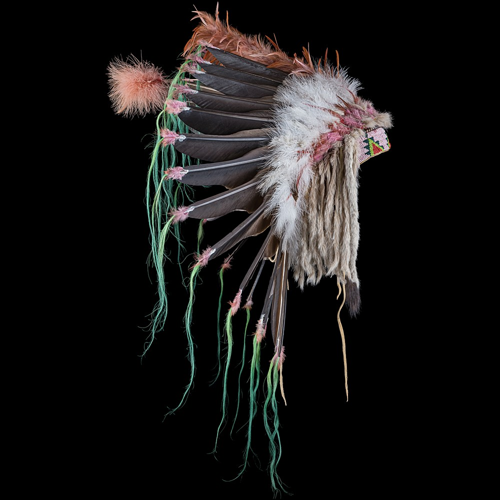 [*longtitle:ifempty=`Plains Feather War Bonnet